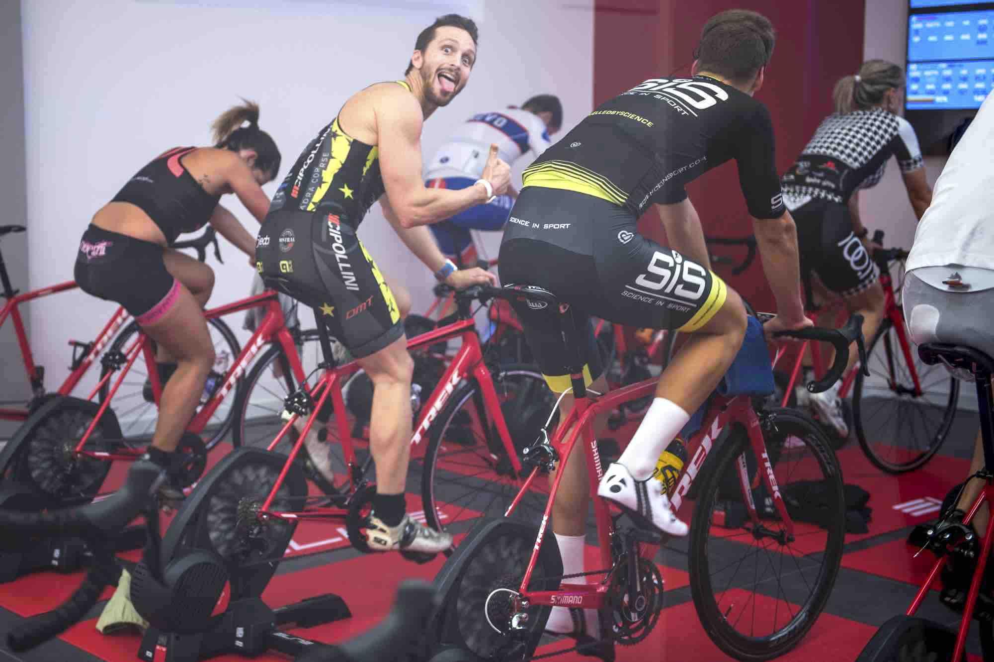 Indoor Cycling Tri60 allenamento di gruppo