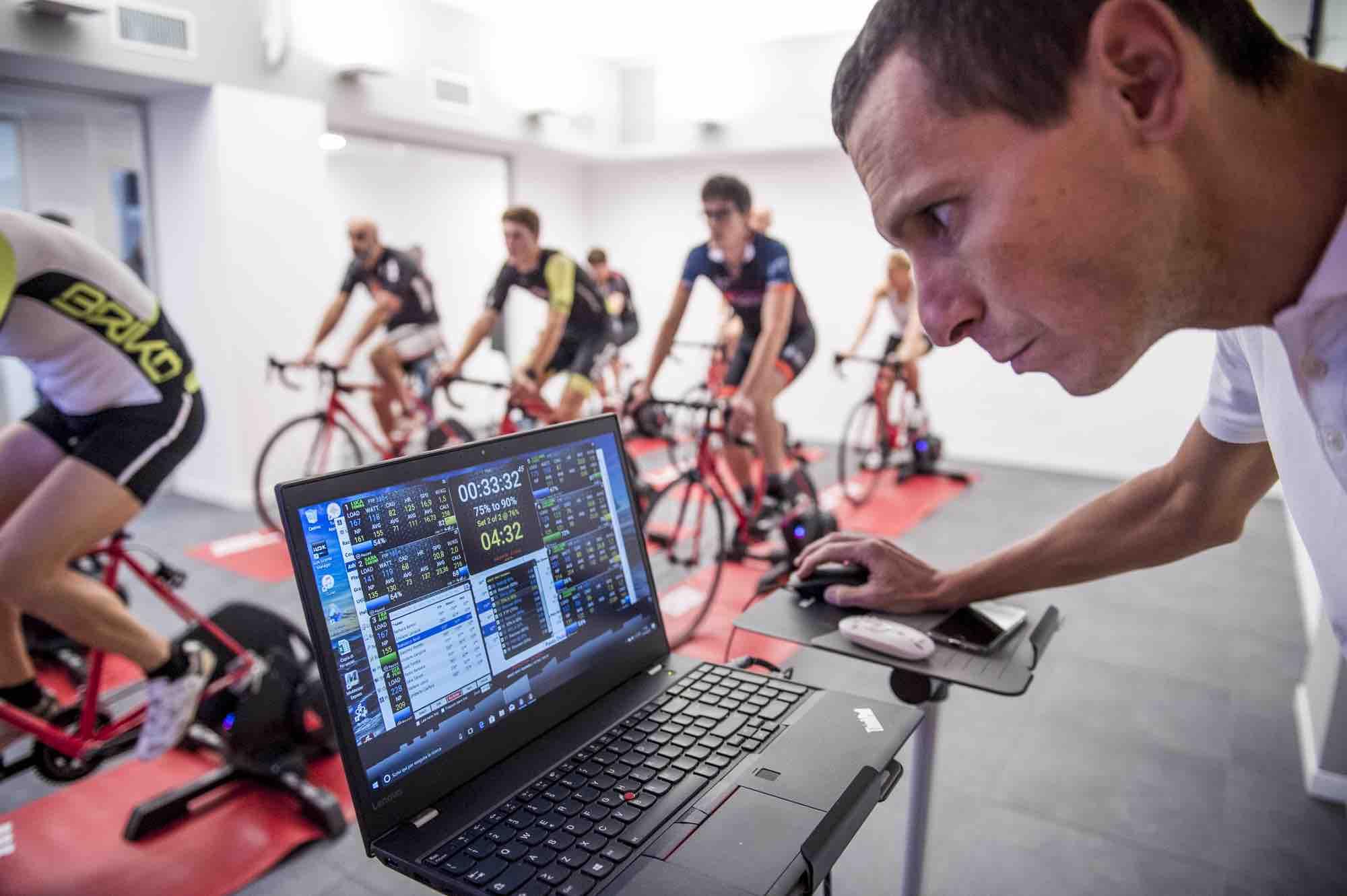 Coach indoor cycling